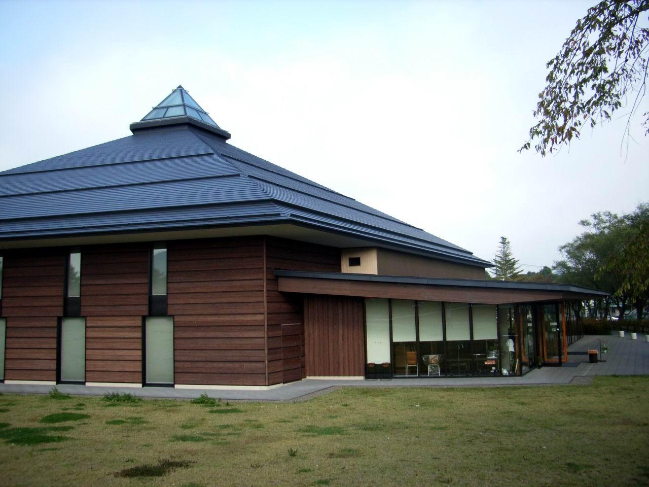 karuizawaoogahall.JPG